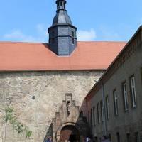 Eingang Schlosskirche Goseck